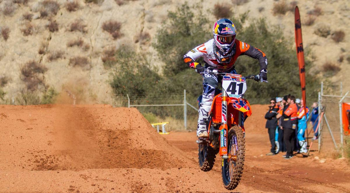canard signs with red bull ktm | supercross live