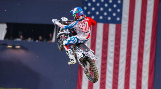 Trey Canard Military Appreciation San Diego 2 2016